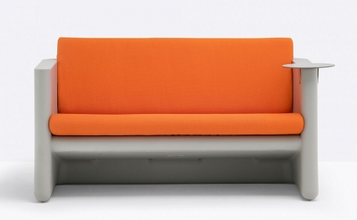 SUNSET SOFA W 2